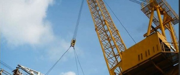 300 TON 6500 Offshore Crane w Lattice Boom For Sale