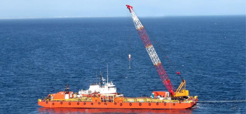 280 ton Crane Barge for sale or lease