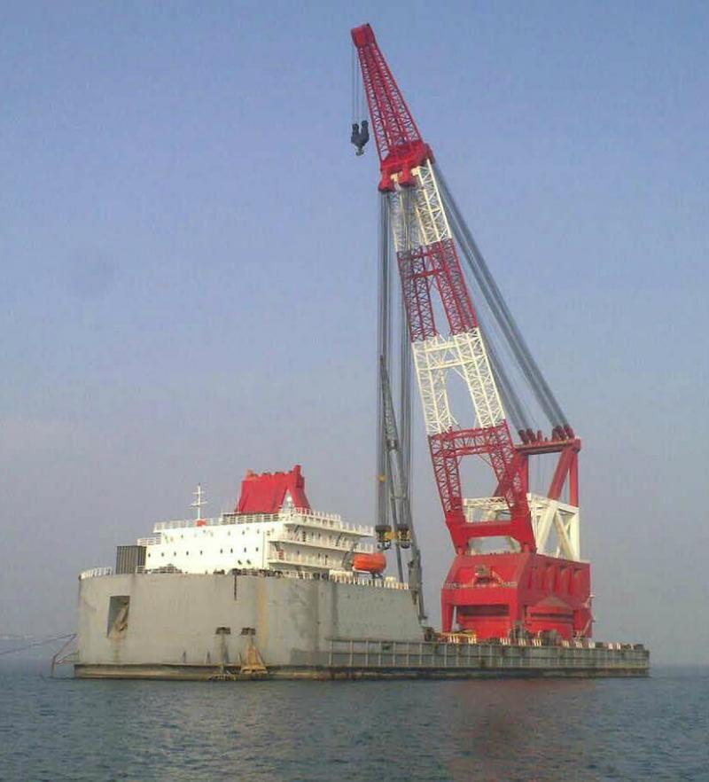 148m Floating Crane 2011 - 3850t Lifting Capacity For Sale