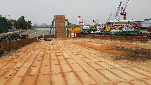68m Sand Barge 1995 - 4900 P For Sale