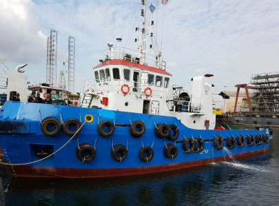 30m Towing Tug Boat 2011 and Deck Barge 2011 For Sale