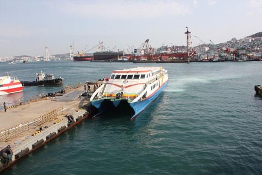 40m Catamaran High Speed Ferry 1994 - 280 PAX - 8 Car - 40 Knots For Sale