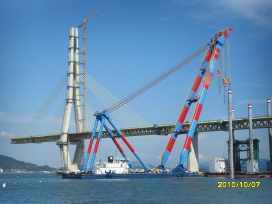 78m Floating Crane 2010 - 1200t TLC For Sale
