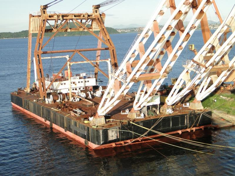80m Floating Crane 1500 ton Capacity Built Japan For Sale