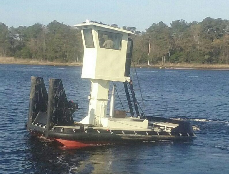 25' Truckable Tug Twin Cummins 600 HP for sale