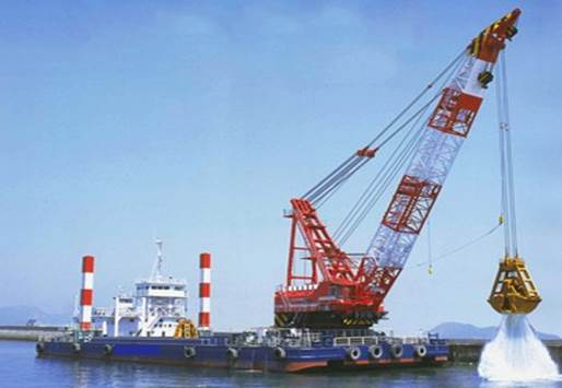 65m Clamshell Dredger 2001 - And Pusher Boat - DWT 3000 For Sale