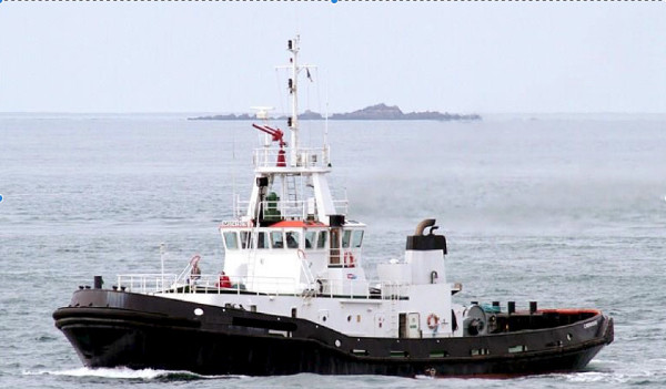 37 and 33m Voith Schneider Tug Boats 1975 and 1972 For Sale