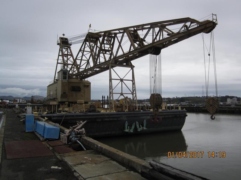 140' x 70 Crane Barge 200,000 lb Lift For Sale