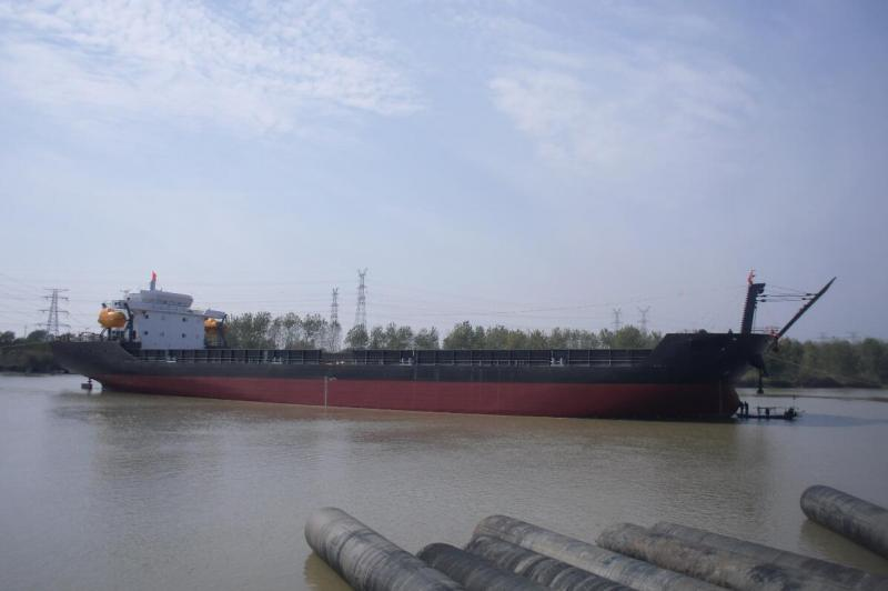114m Self Propelled Deck Barge LCT Type 216 TEUs - DWT 10000 For Sale