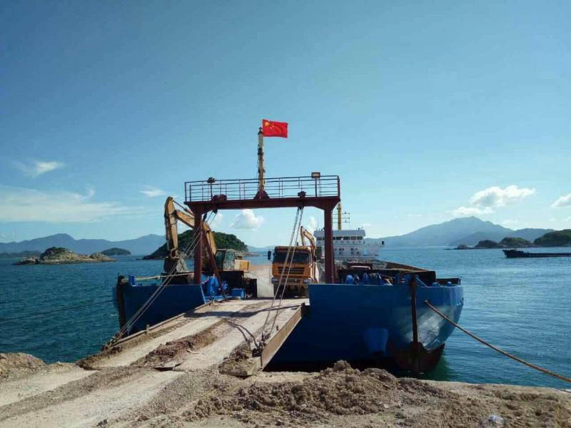 94m Self Propelled Barge LCT Type - DWT 5500 For Sale