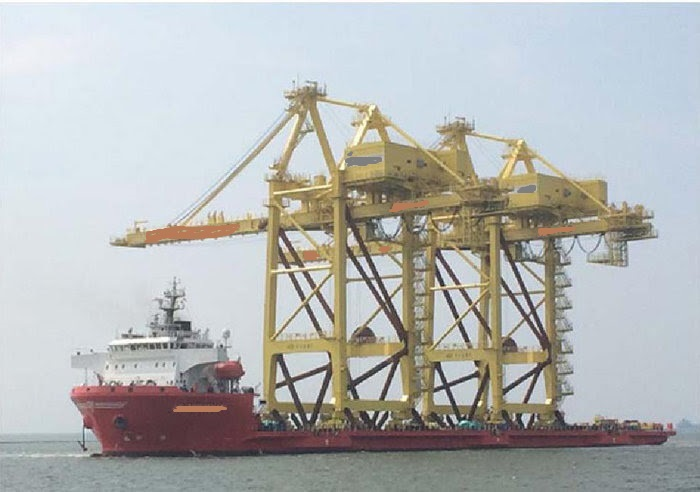 146m Self Propelled Barge DP2 equipped - DWT 12200 For Sale