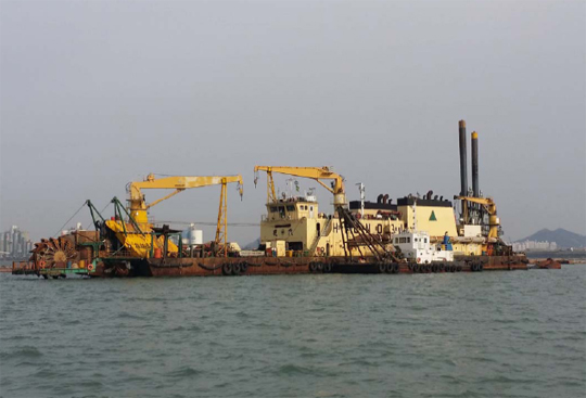 81m Cutter Suction Pump Dredger 1994 - 4500 CBM For Sale