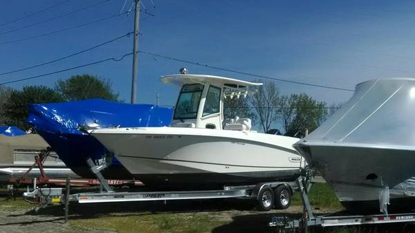 25' Boston Whaler 250 Outrage 2014 -  Fishing Tender Boat For Sale
