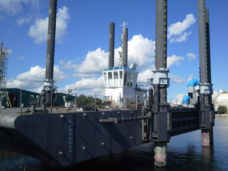 31m Jack Up Barge 2015 - Self Propelled - Self Elevating For Sale