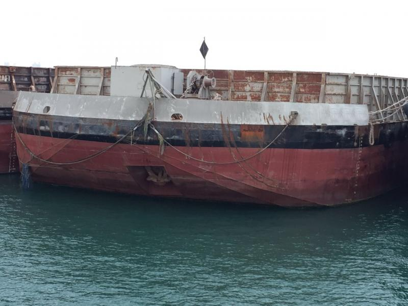 88m Deck Cargo Barge 2000 - 22m X 78m Clear Deck - DWT 7000 For Sale