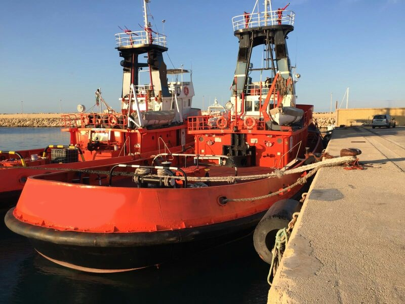 31m Tug Boat 1976 - Single Screw - Accommodates 8 For Sale