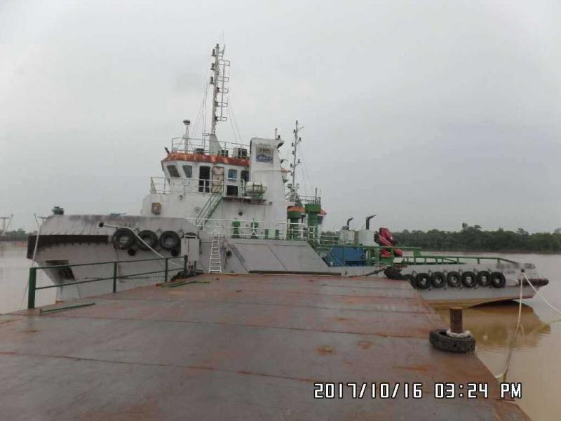 33m Towing Tug Boat 2012 - Twin Engine For Sale
