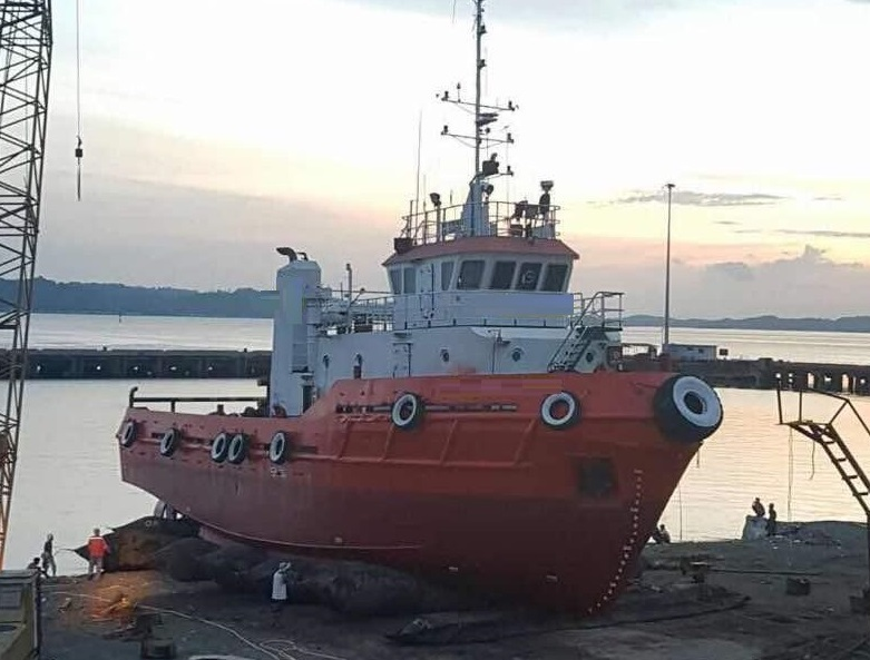 30m Towing Tug Boat 2006 - 25 Tons Electro Towing Winch For Sale