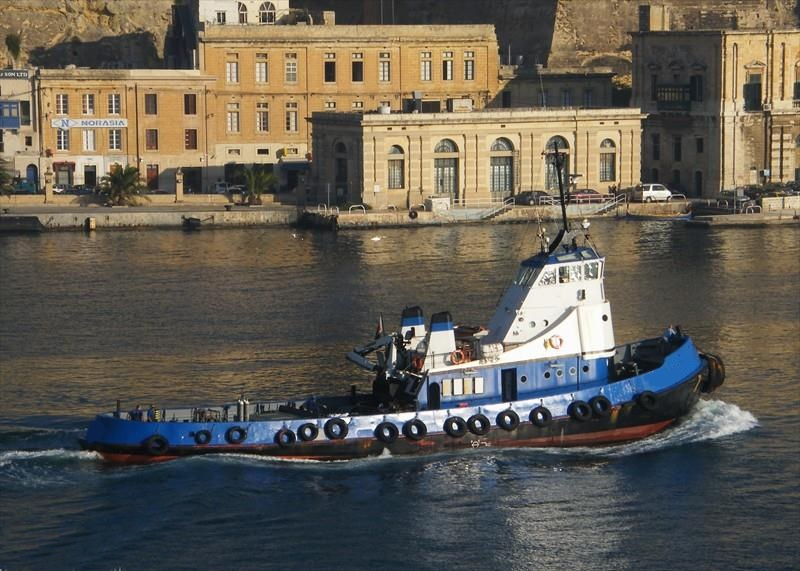 30m Tug Boat 1973 - Accommodates 12 - Bow Thruster Fitted For Sale