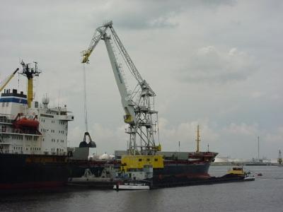 36m Floating Crane 1974 - 16t TLC - Self Propelled For Sale