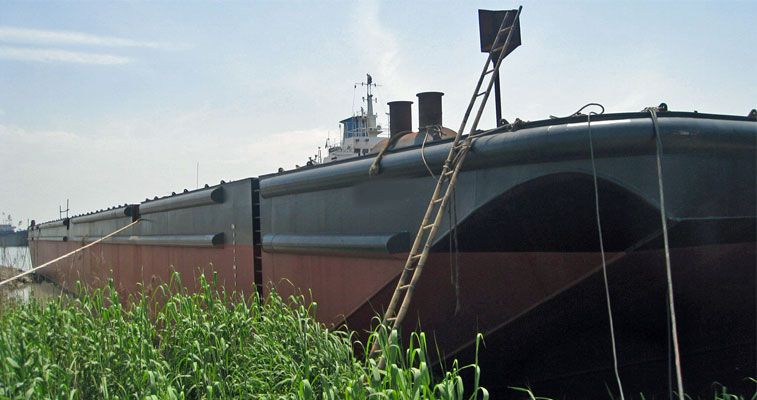 330' x 120' Ocean Deck Barge - DWT 25 m2 For Sale