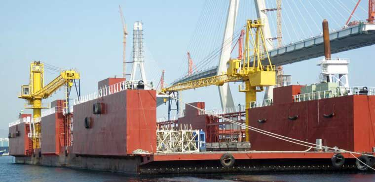 337' x 96' Dry Dock 2006 - Lift Capacity 4500 Tons For Sale