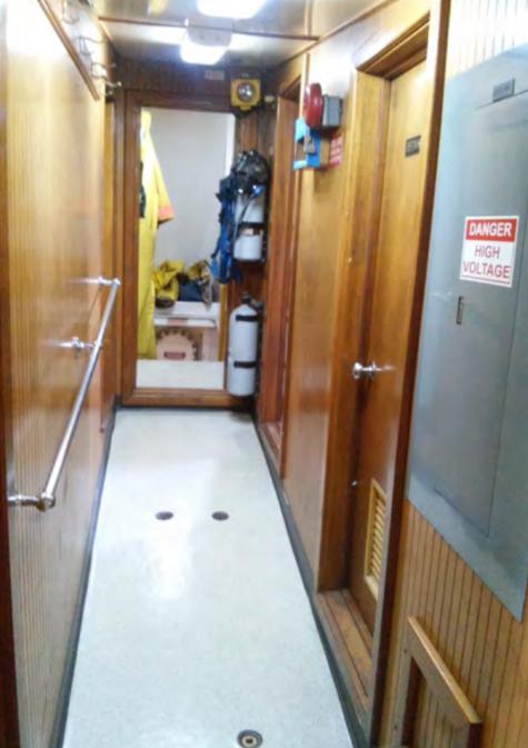 121' Model Bow Ocean Harbor Tug - HP 4100 For Sale