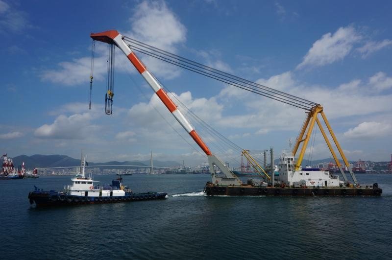 50m Floating Crane 1994 - 350t TLC - Japan Built For Sale