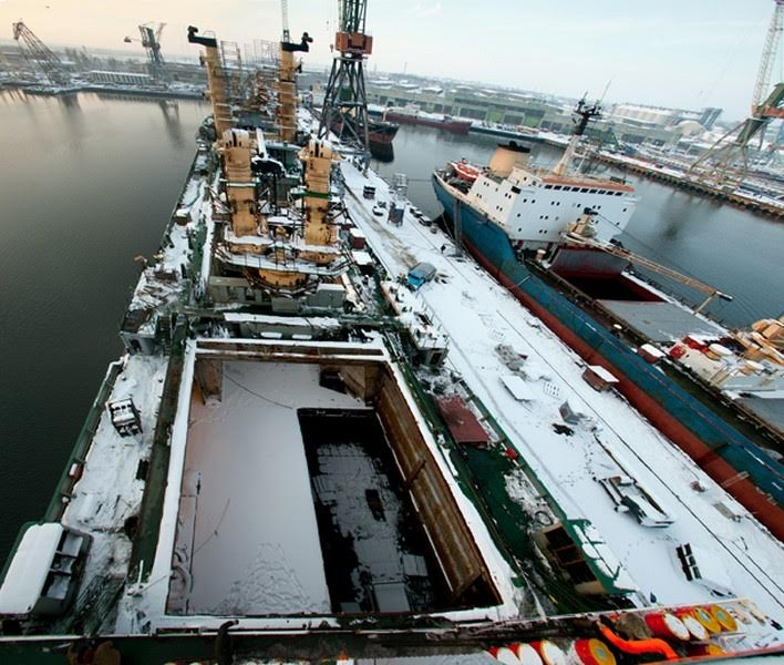 738' x 148' Dry Dock - Lift Capacity 20000 Tons For Sale