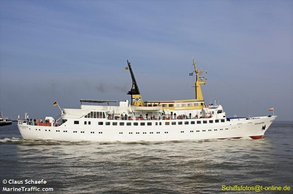 1000 Passenger Day Ferry For Sale