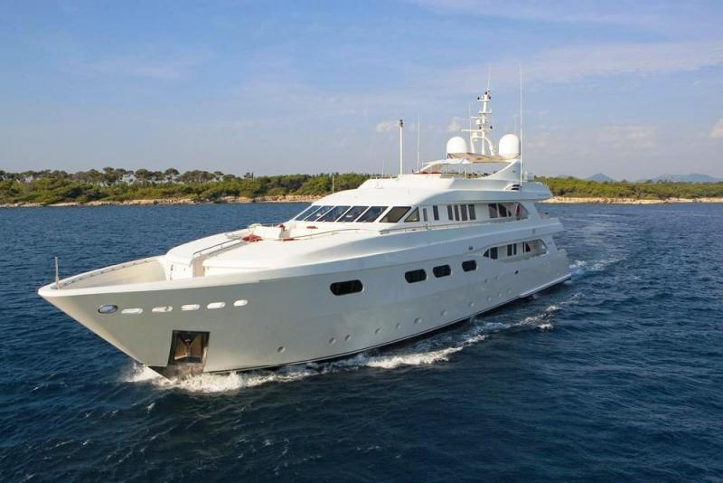 42m Luxury Motor Yacht - Custom Built in Italy For Sale