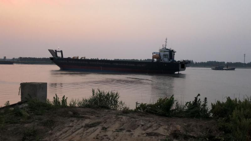 114m Self Propelled Deck Barge LCT Type - DWT 9180 For Sale