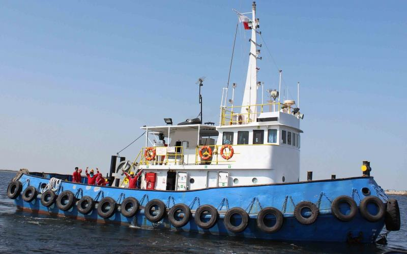 23m Tug Boat 1976 - Twin Screw - Towing Winch Fitted For Sale