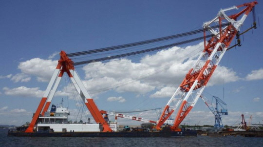 120m Floating Crane 2010 - 4000 TLC - Luffing Gib Type - Japan Built For Sale