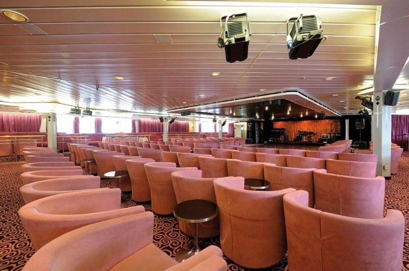 163m Luxury Passenger Cruise Ship 1244 POB - 1977 For Sale