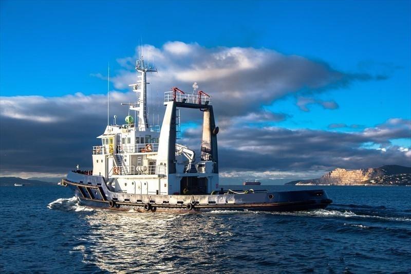37m Tug Boat - Single Screw - Accomodates 13 For Sale