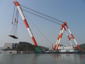 60m Sheerleg Floating Crane 2011 - 600 Ton For Sale