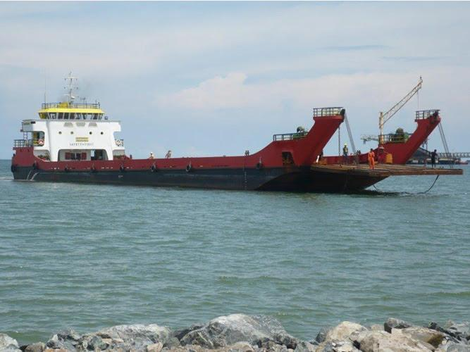 65m Landing Craft 1300 DWT For Sale