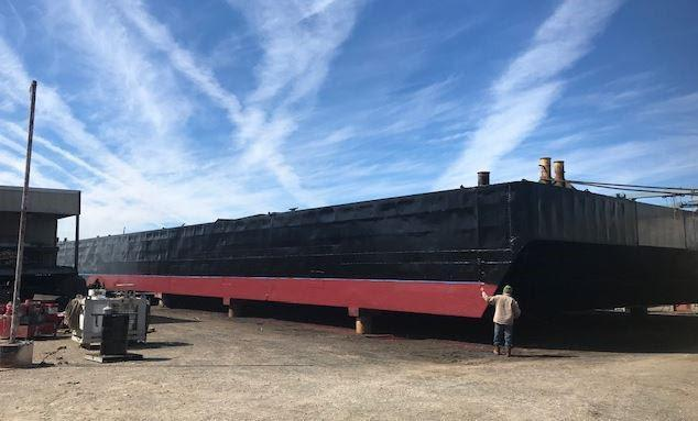 180' Deck Spud Barge For Sale