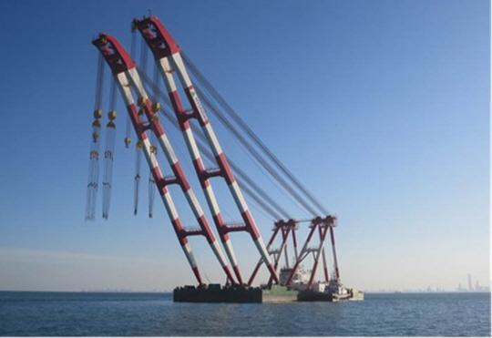 90m Floating Crane 2014 - 2200 TLC - Jib Luffing Type - Korea Built For Sale