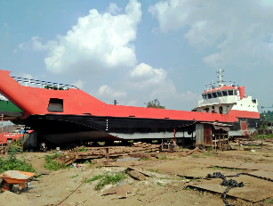 37m LC Landing Craft - 700 HP For Sale