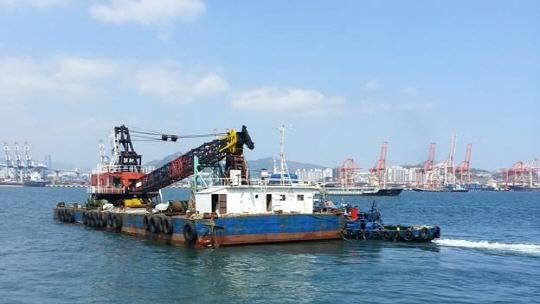 45m Floating Crane 1978 - 120 Ton - Revolving Type For Sale