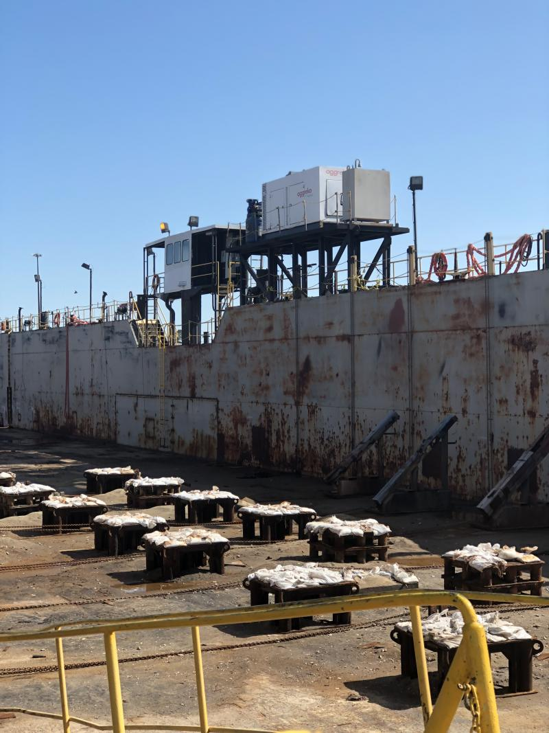 300' x 64' Dry Dock 3000 ton lift capacity For Sale