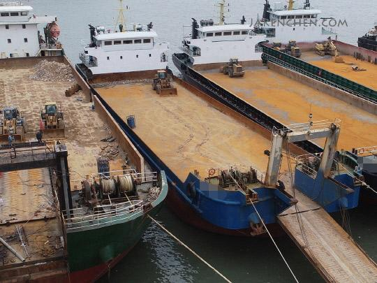82m Self Propelled Deck Barge 2017 - Deck Space 910 M2 - DWT 2960 For Sale