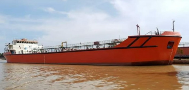 80m Self Propelled Oil Barge 2014 For Sale