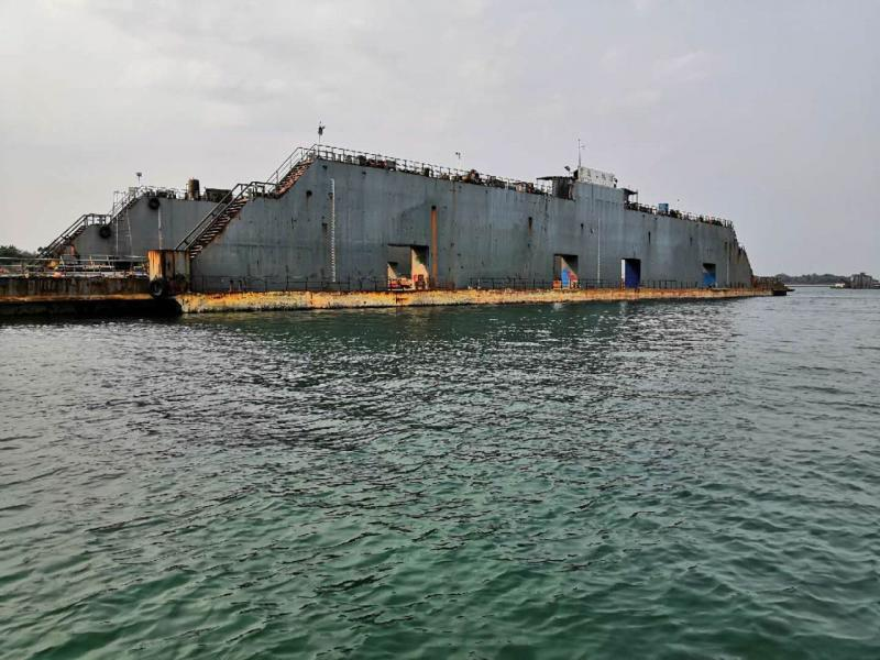 134m Floating Dry Dock - Lift Capacity 5500 tons For Sale