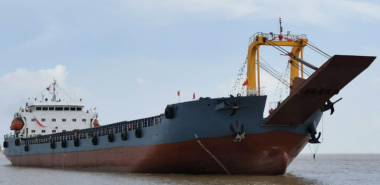 116m Self Propelled Deck Barge Ramp 2007 / 2019 - DWT 10000 For Sale