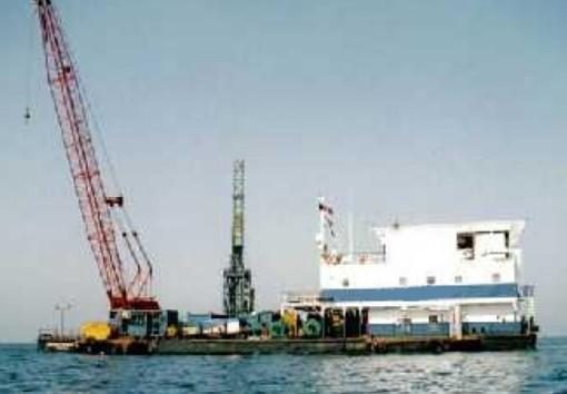46m Accommodation Work barge 1973 - 64 Person - Helideck For Sale