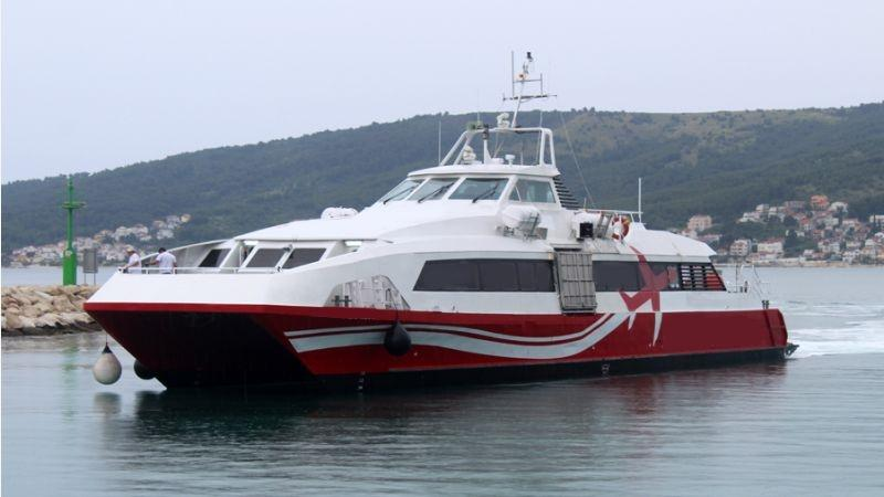 33m Catamaran High Speed Ferry 1998 - 173 PAX - Waterjet For Sale