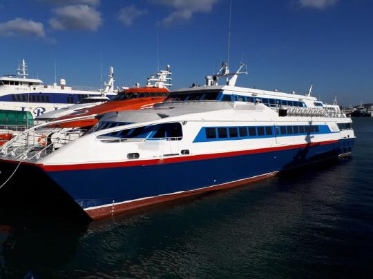 42m Catamaran High Speed Ferry 1993 - 364 PAX - Water Jet For Sale